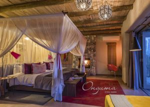 Honeymoon suite at Onguma The Fort